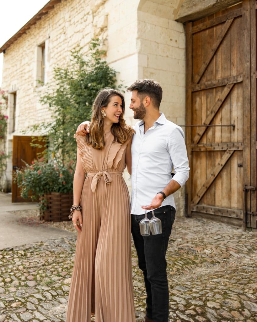 séjour oenologique en val de loire couple amoureux dégustation vin