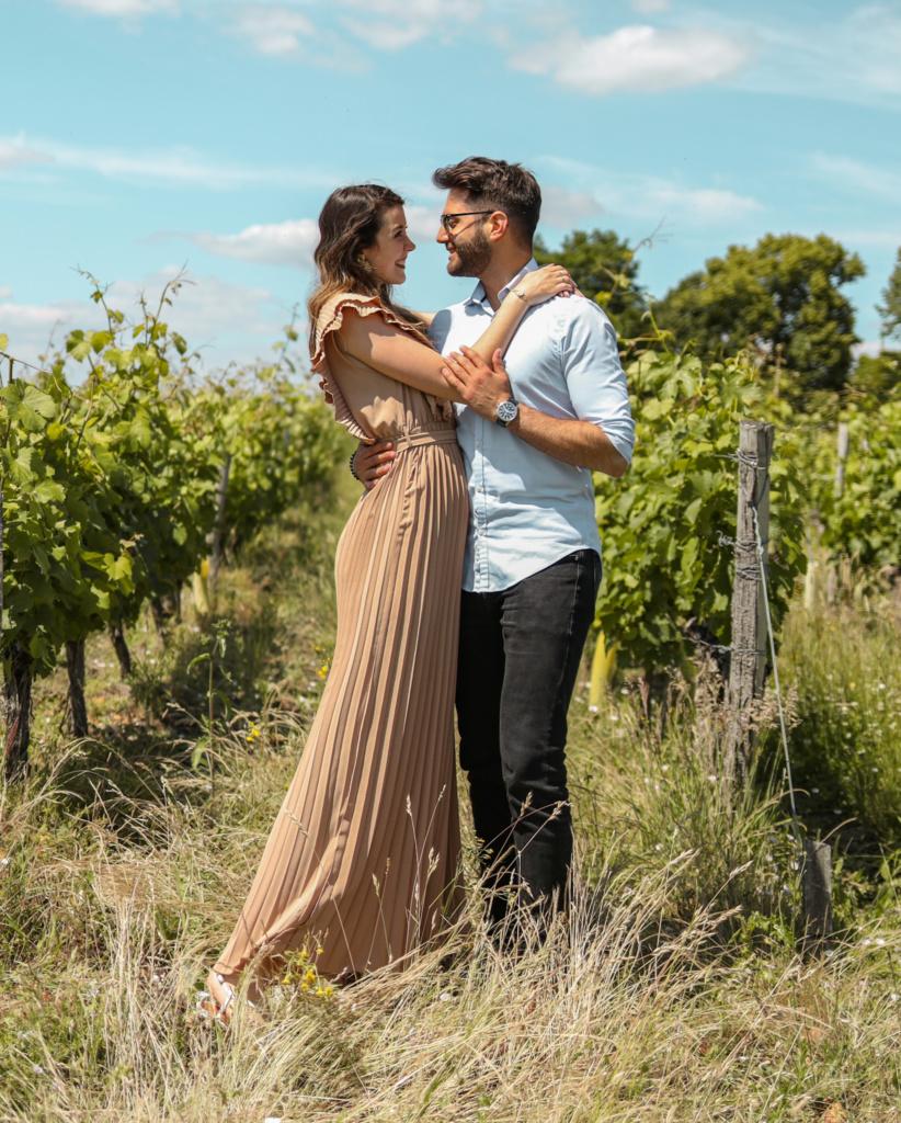 séjour oenologique en val de loire couple amoureux vigne