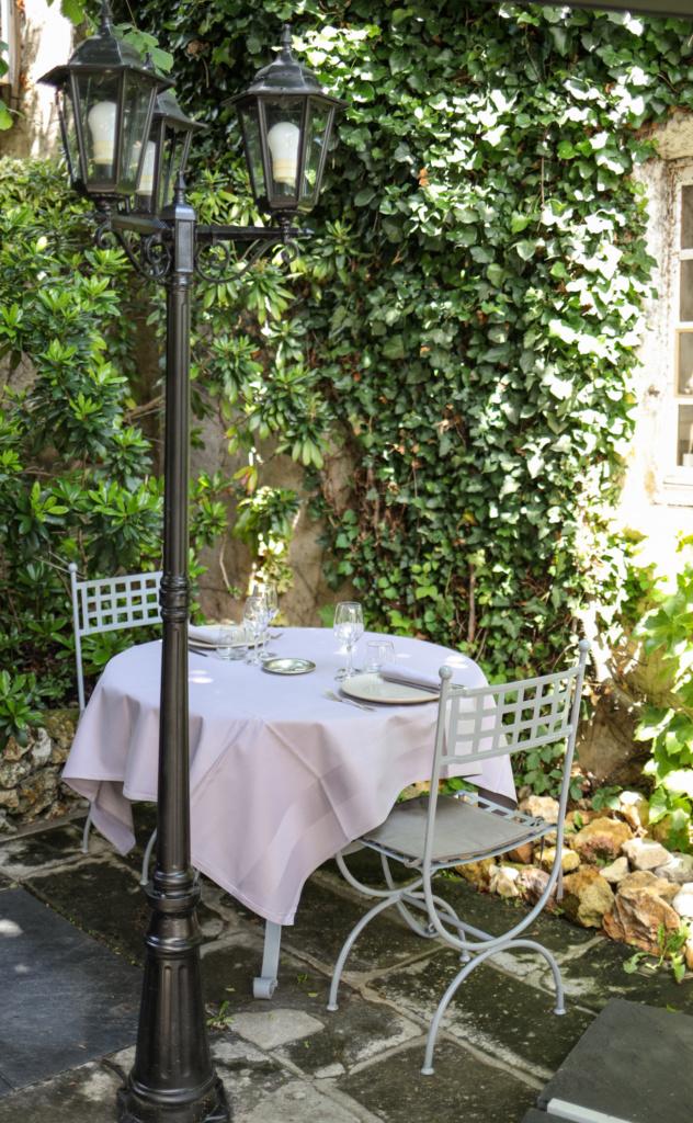 séjour oenologique en val de loire -  restaurant l'auberge du XIIème siècle